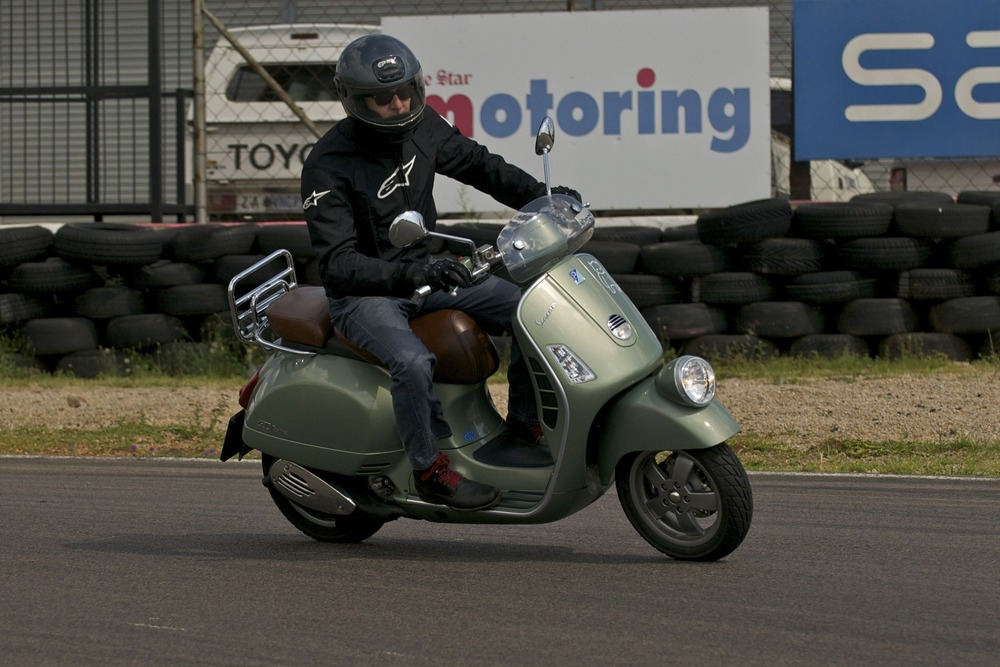 A day out, pretending to lean. Vespa 101.