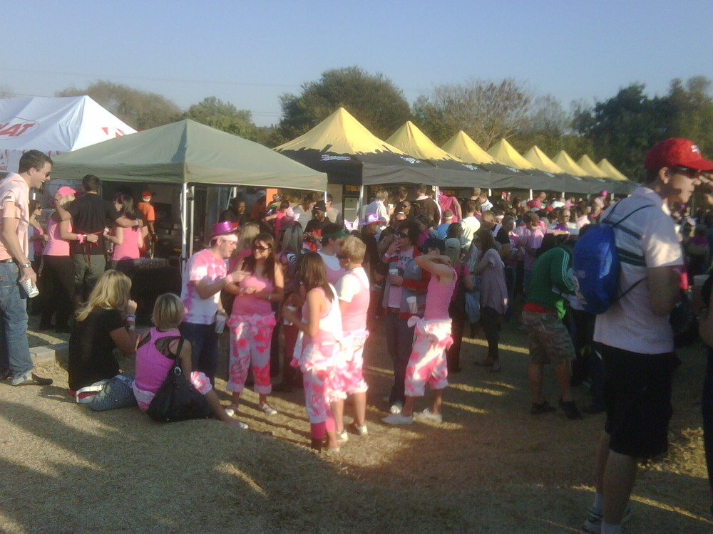 So much PINK would never happen in da south! Pinkfest101 txkbai!!