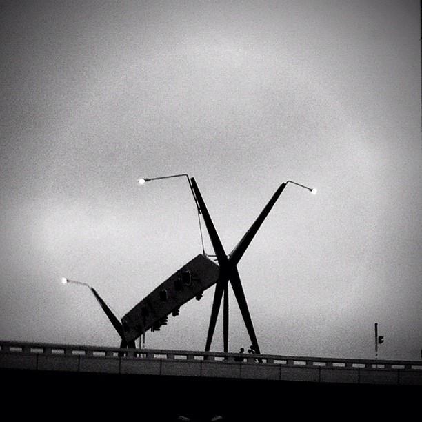 Not a Parktown prawn. #freeway #highway #joburg #b&w