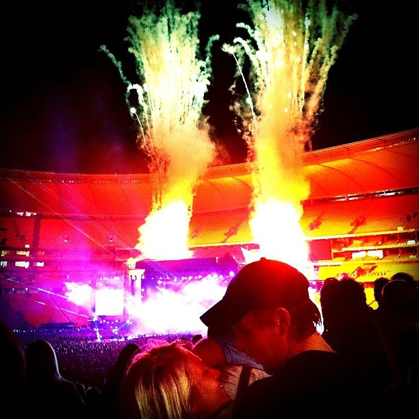 When there is love, fireworks will happen. #coldplay #fireworks