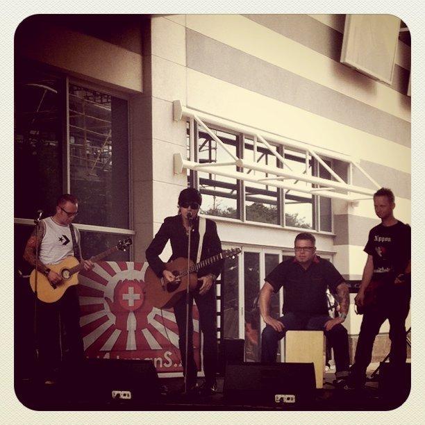 Wonderboom unplugged for #Japan