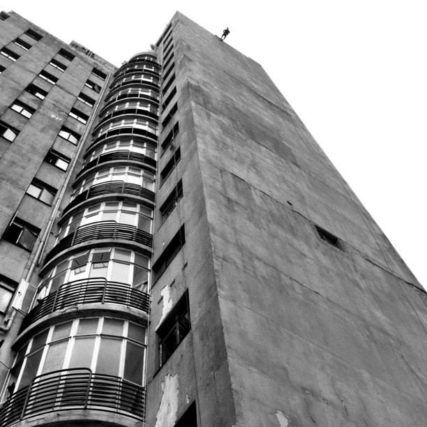 Looking up looking down. #architecture #city #adrenalin